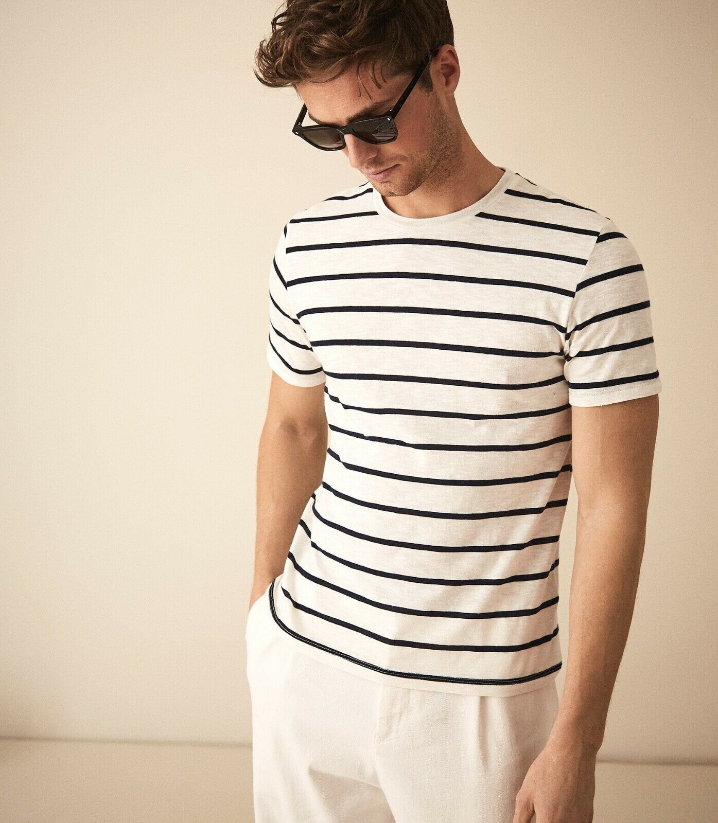 SM077 Ex Chainstore Denby Ecru Navy Striped Tee x12