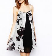 SL670 Ex UK Chainstore Floral Pleated Swing Dress x13
